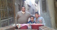شقيقان يبيعان الفول والبليلة