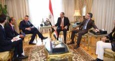 وزير الاتصالات و سفير السويد بالقاهرة