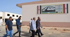 جولة محافظ البحر الأحمر بمدينة الحرفيين بالغردقة