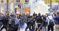 اشتباكات بين الشرطة