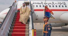 حاكم الشارقة يصل القاهرة