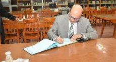 الدكتور أحمد المنشاوى نائب رئيس جامعة أسيوط