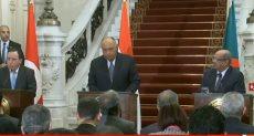 جانب من المؤتمر الصحفي لوزراء خارجية مصر والجزائر وتونس