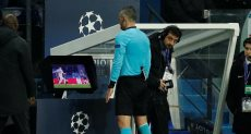 حككم مباراة باريس سان جيرمان ومانشستر يونايتد