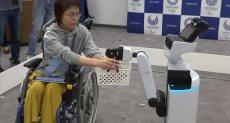 روبوت يخدم متحدى الإعاقة