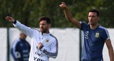 ميسي مع مدرب الأرجنتين