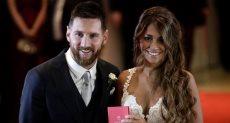 ميسى وزوجته
