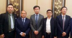 وزير التجارة والصناعة يلتقي شركات صينية متخصصة في الغزل والنسيج