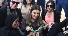 وزيرة الاستثمار ومسؤولي البنك الدولي يلتقون أصحاب المشروعات الصغيرة