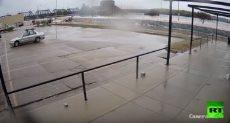 انهيار سد جراء فيضان نهر مسيسيبى بأمريكا