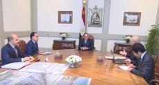 الرئيس السيسي فى اجتماع مدبولي