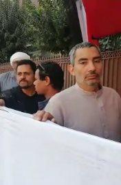 المواطنين أمام لجان الاستفتاء