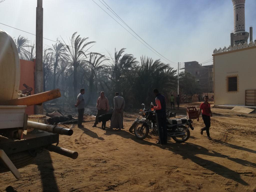 اللقطات الأولى لخسائر حريق الراشدة  (9)