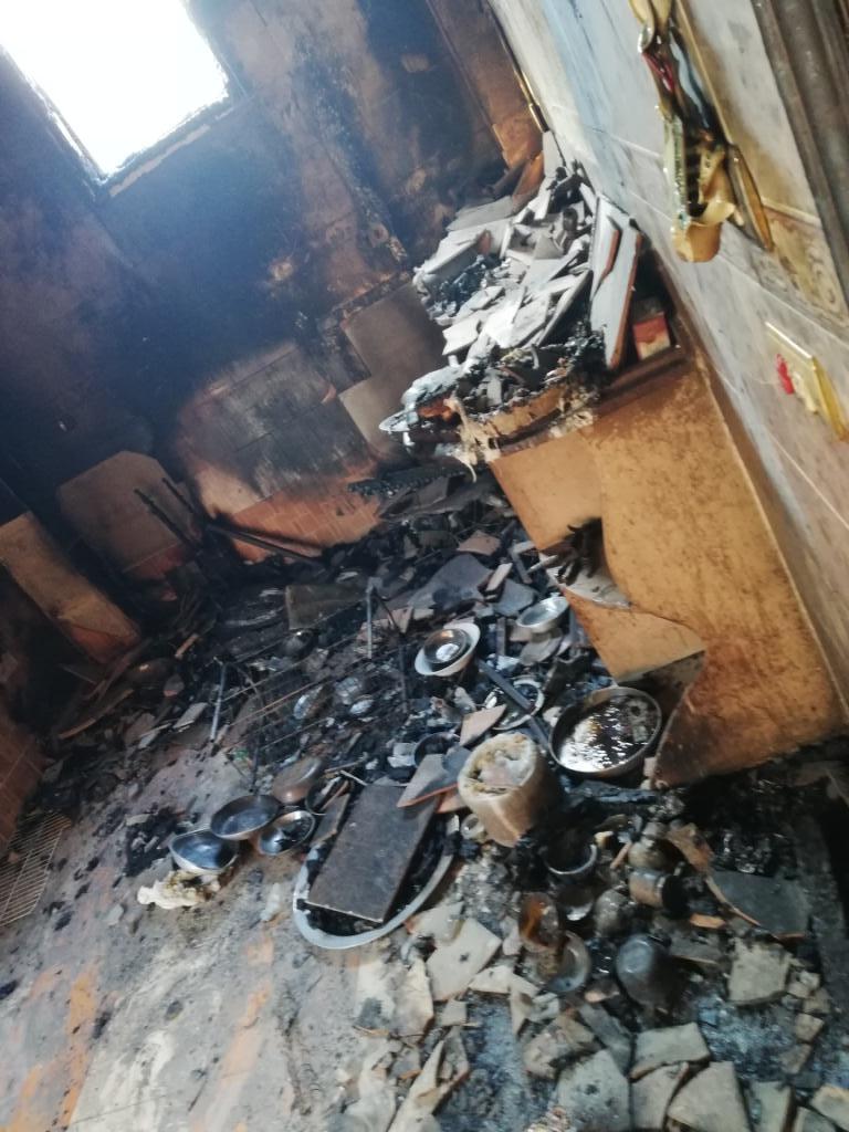 اللقطات الأولى لخسائر حريق الراشدة  (1)