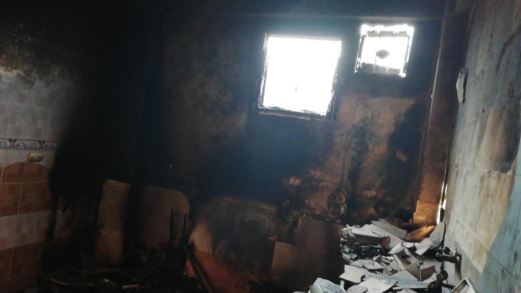 اللقطات الأولى لخسائر حريق الراشدة  (20)