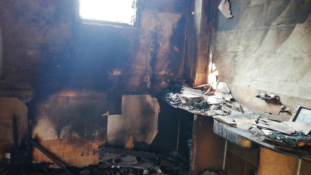اللقطات الأولى لخسائر حريق الراشدة  (17)