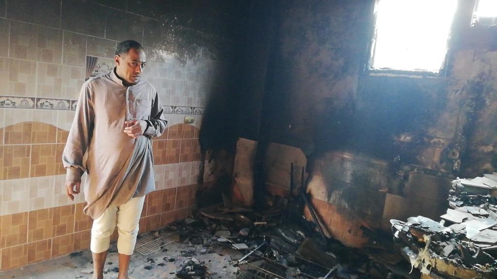اللقطات الأولى لخسائر حريق الراشدة  (19)