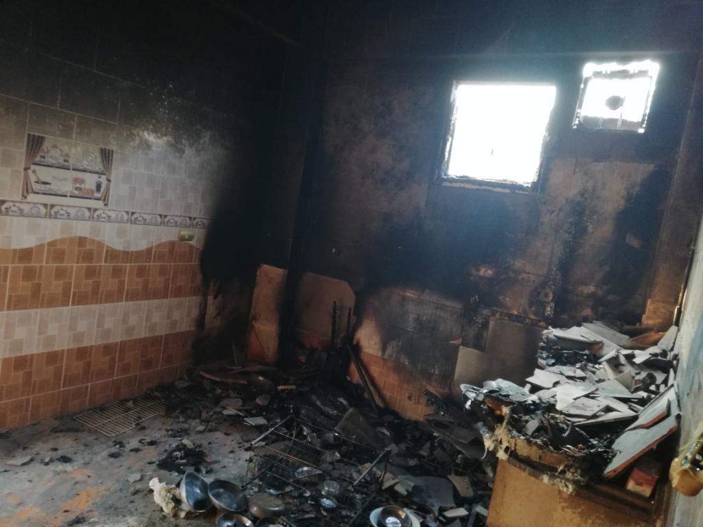 اللقطات الأولى لخسائر حريق الراشدة  (2)