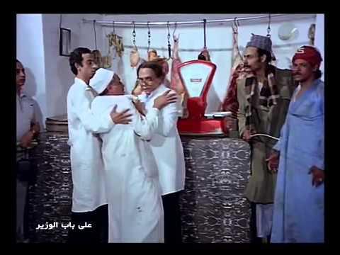 عادل إمام ينتحل صفة طبيب بيطرى