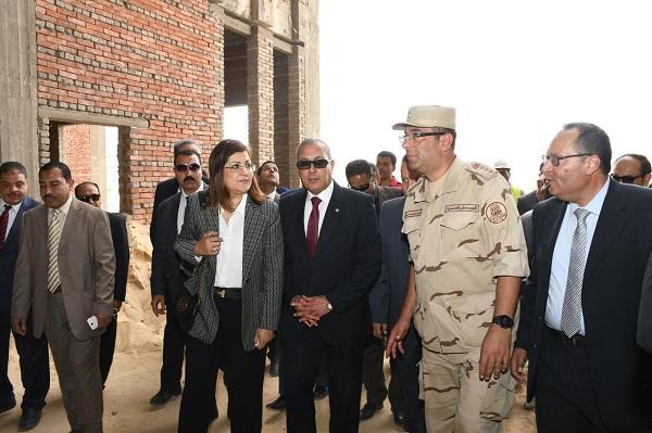 افتتاح المرحلة الثانية للمراكز التكنولوجية بمحافظة السويس (4)