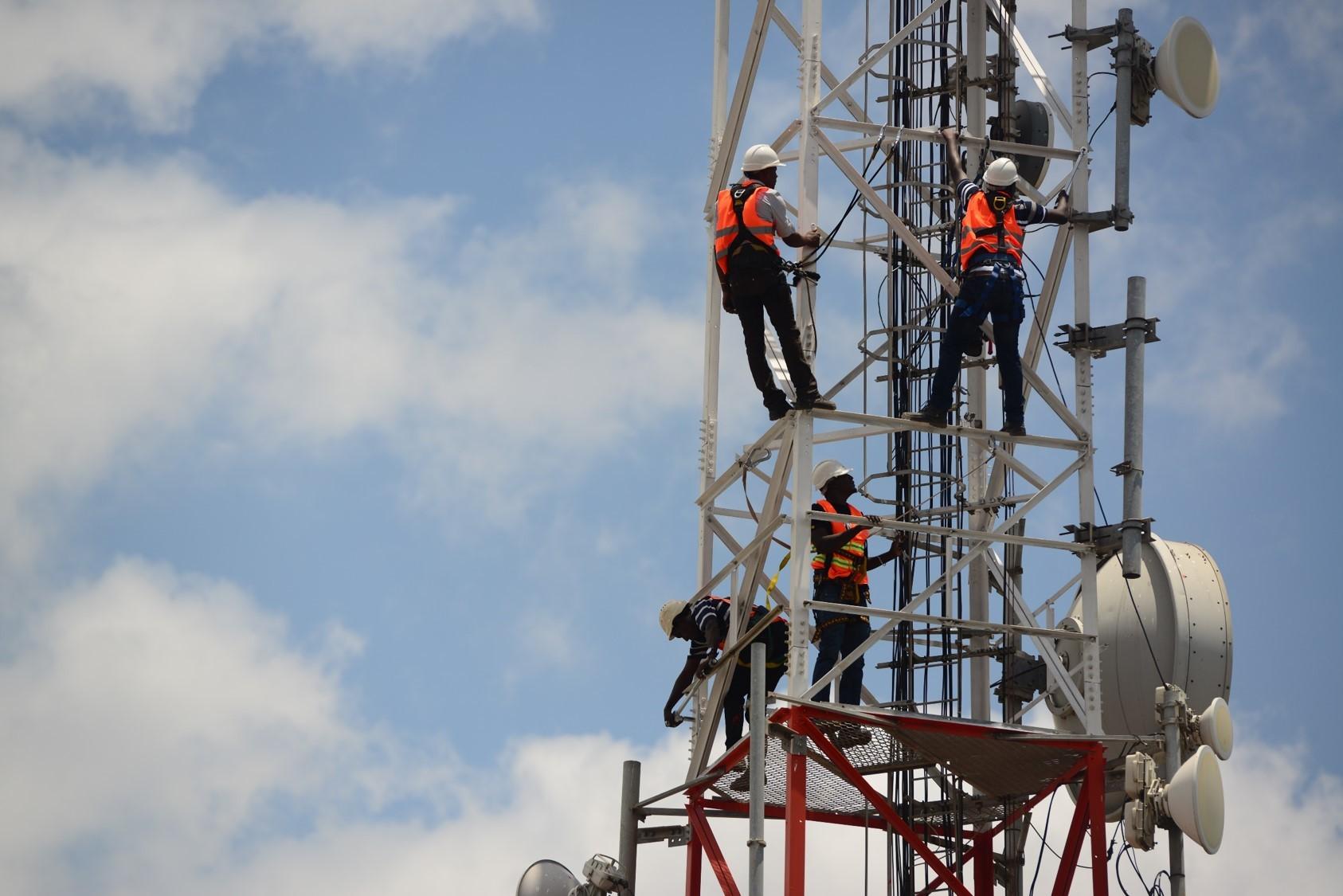 برج محمول تابع لشركة أورنج
