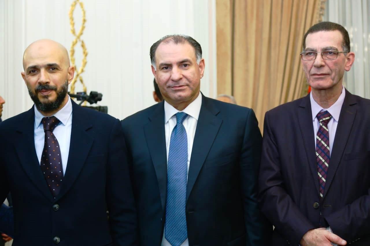 قيادات حزب الوفد تكرم جامعة مصر للعلوم والتكنولوجيا (18)