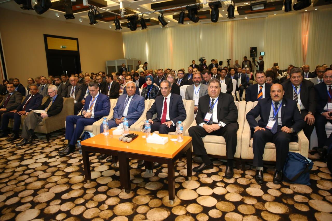 وزير الاتصالات يفتتح المؤتمر الإقليمي الثاني لمؤسسة مجتمع الاتصالات الدولي