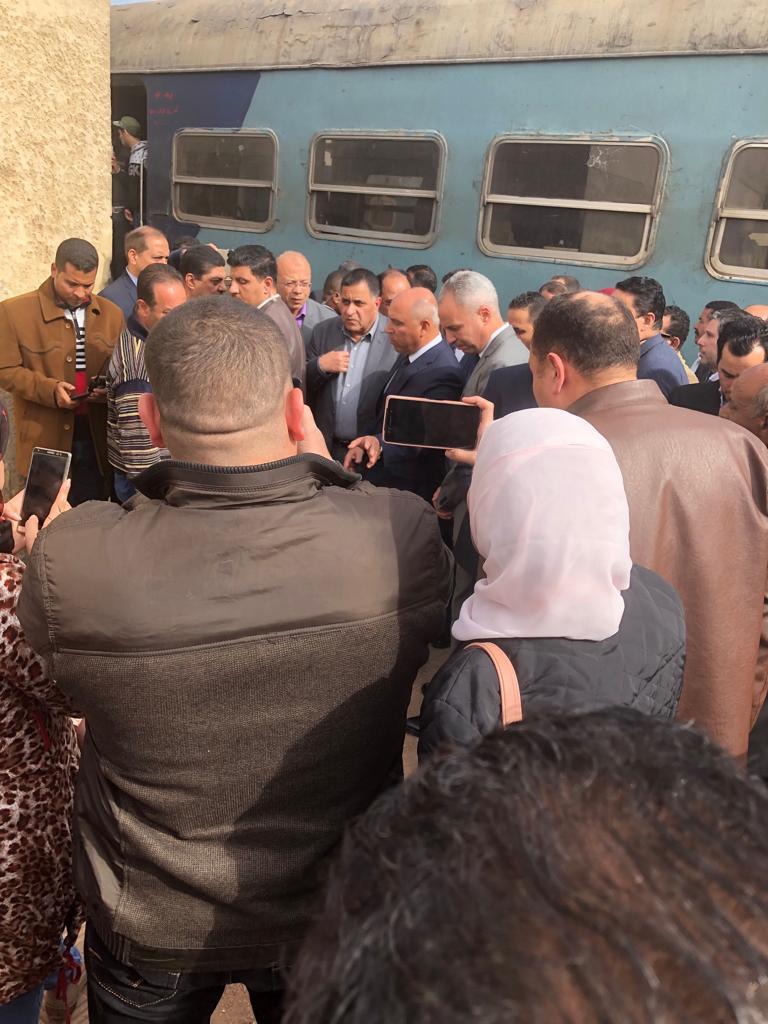 108659-جولة-وزير-النقل-بمحطة-مصر--(20)