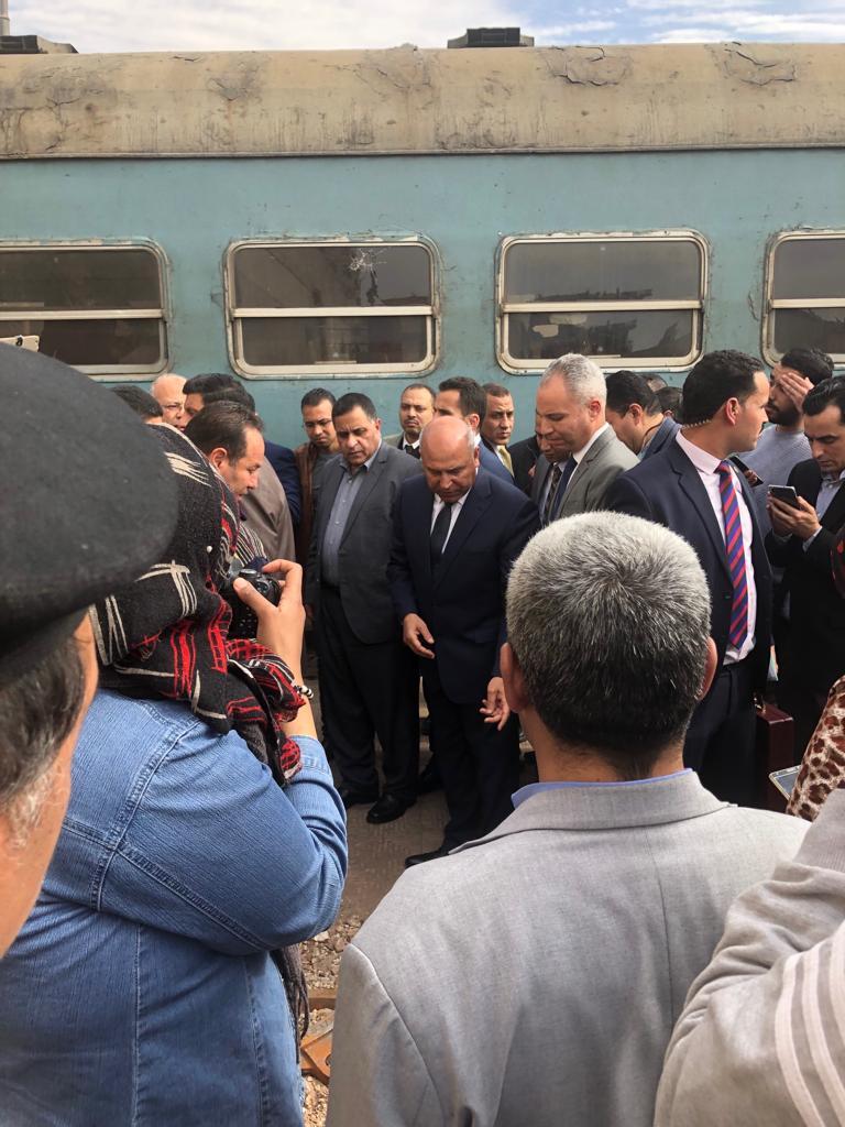 116772-جولة-وزير-النقل-بمحطة-مصر--(3)