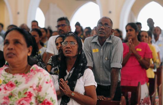 45209-انطلاق-أول-صلاة-بكنيسة-فى-سريلانكا-بعد-هجمات-عيد-الفصح-(1)