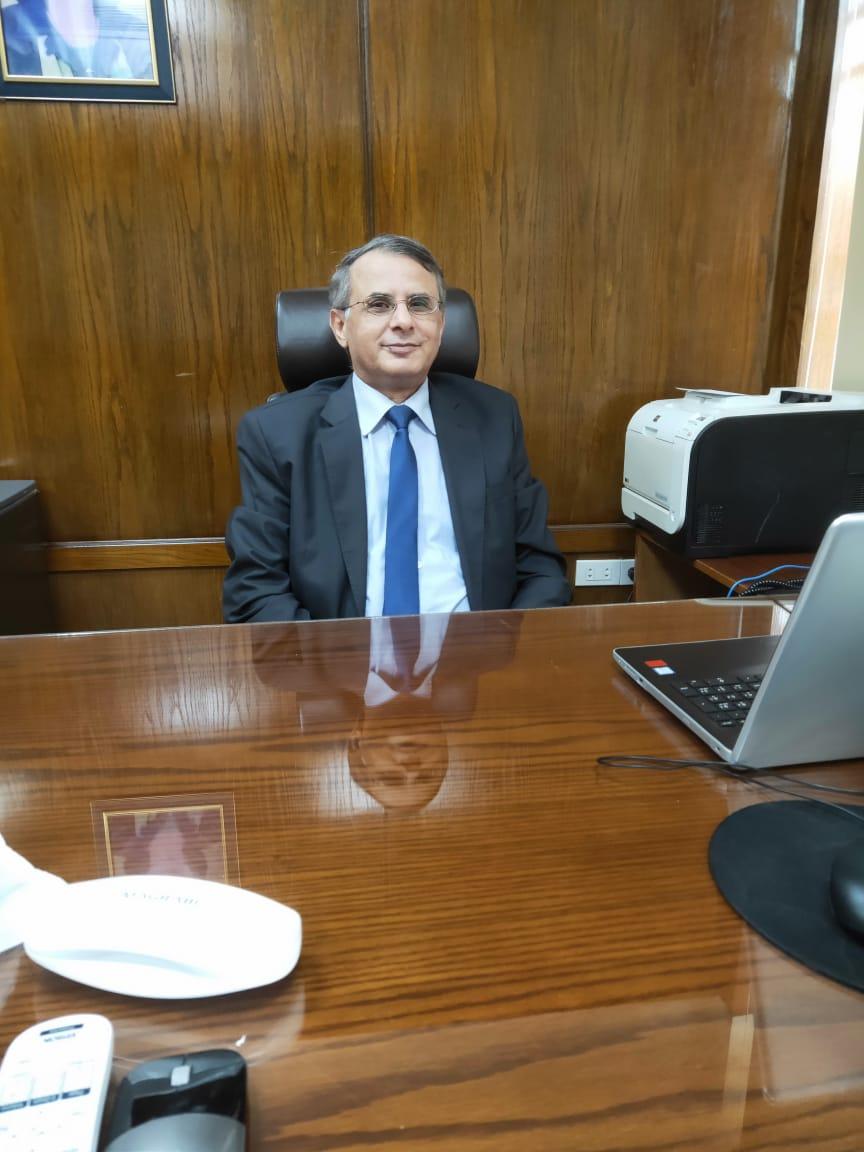 الدكتور أحمد طلبه نائب رئيس الجامعة