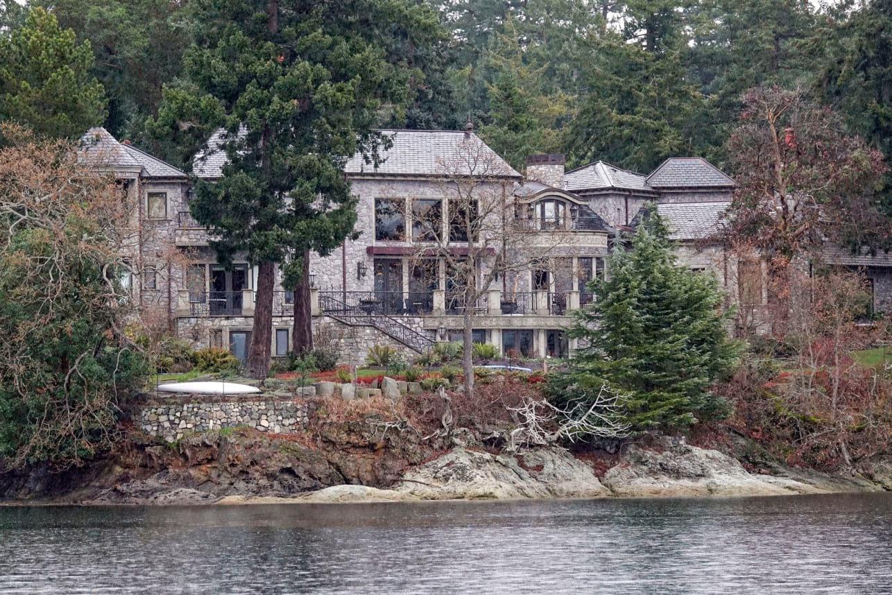 7895e84e-harry-meghan-canadian-mansion