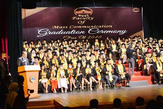 حفل-تخرج-كلية-الإعلام-بجامعة-مصر-2020-(3)