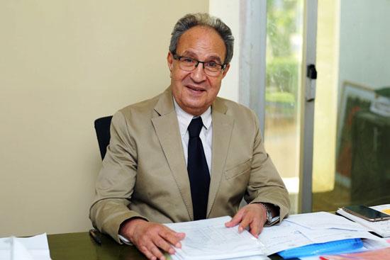 د.محمد العزازى