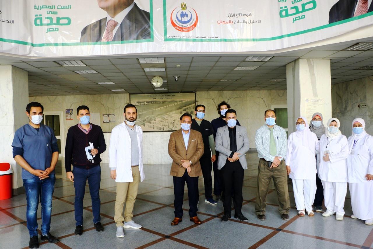 جولة عبد الرحيم على داخل مستشفى العجوزة (14)