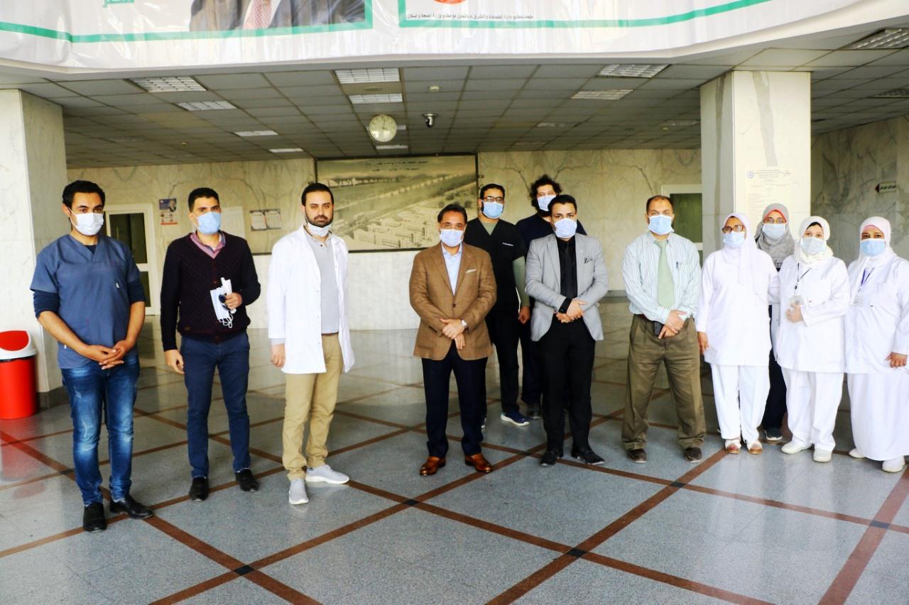 جولة عبد الرحيم على داخل مستشفى العجوزة (4)