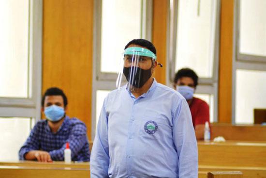 طلاب جامعة مصر للعلوم والتكنولوجيا  (2)