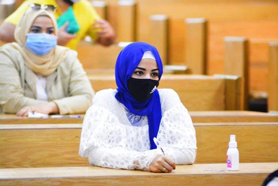 طلاب جامعة مصر للعلوم والتكنولوجيا  (18)