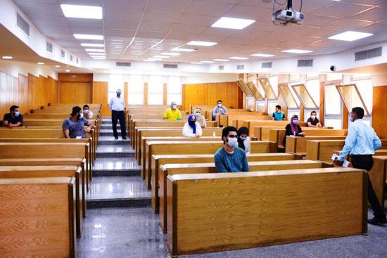 طلاب جامعة مصر للعلوم والتكنولوجيا  (19)