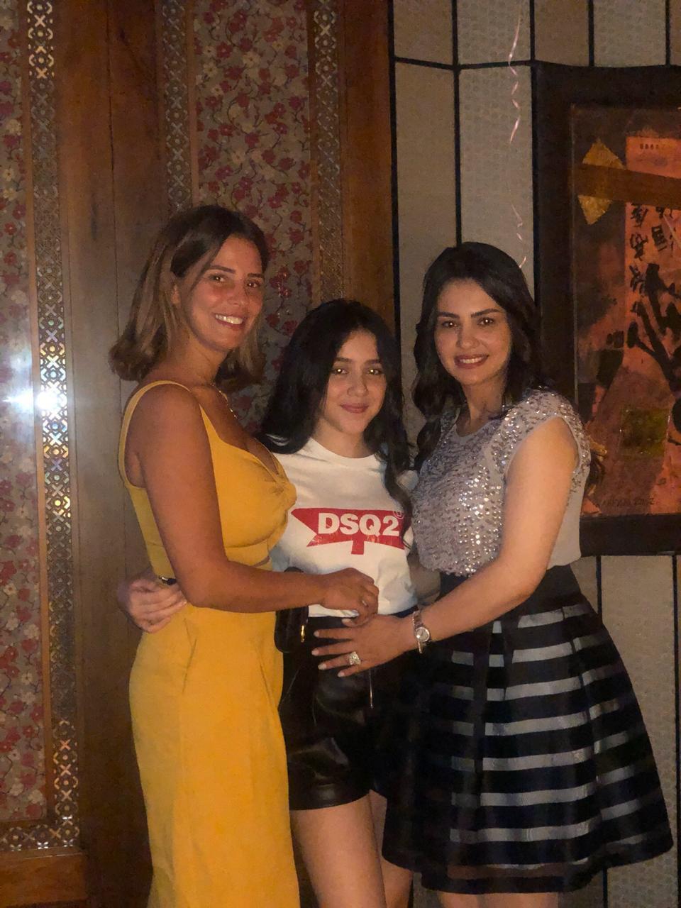 دينا فؤاد تحتفل بعيد ميلادها (4)