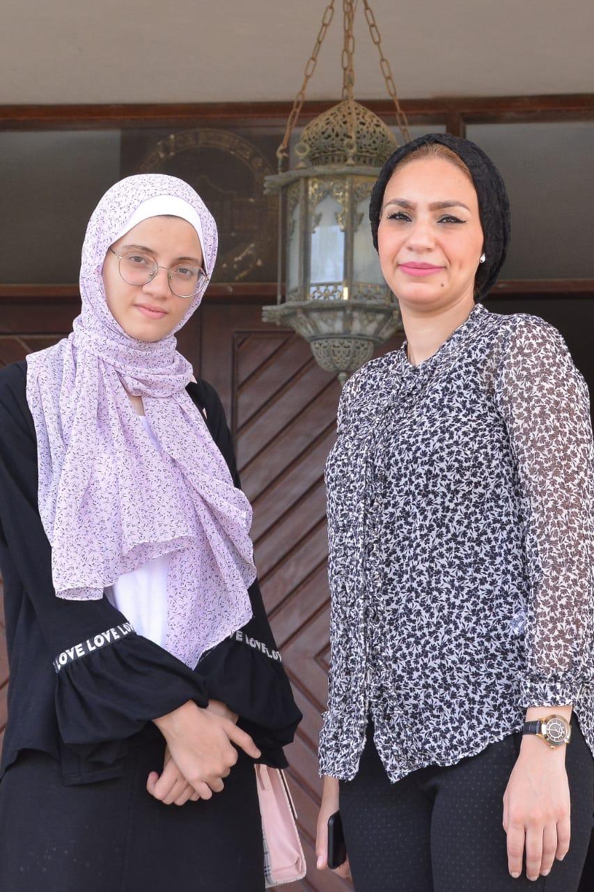 د. ياسمين الكاشف والطالبة نور الهدى