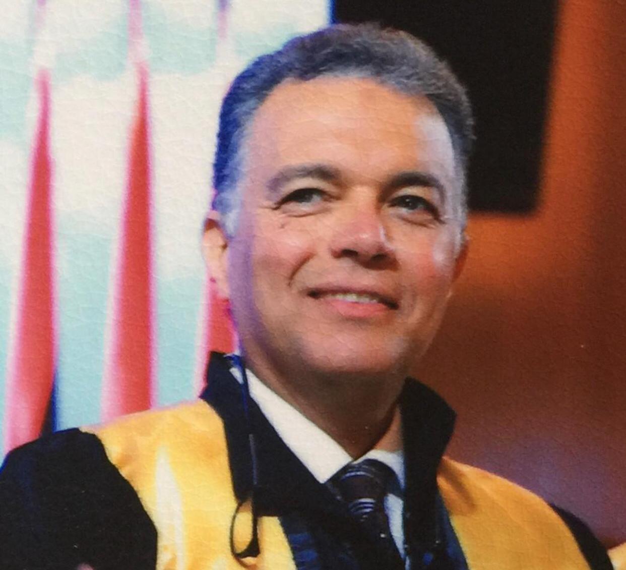 هشام عرفات نائب رئيس مجلس أمناء جامعة المستقبل