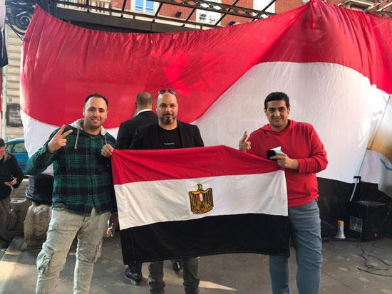 الجالية المصرية فى إيطاليا تنظم وقفة لدعم مصر فى قضية سد النهضة (3)