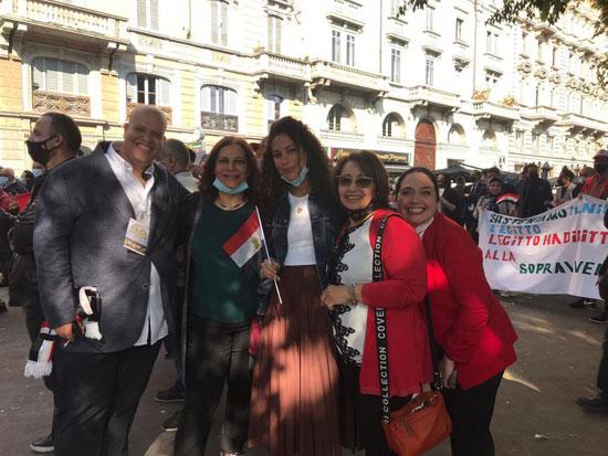 الجالية المصرية فى إيطاليا تنظم وقفة لدعم مصر فى قضية سد النهضة (6)