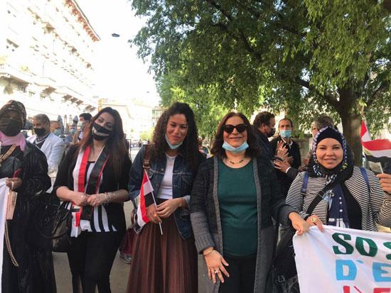 الجالية المصرية فى إيطاليا تنظم وقفة لدعم مصر فى قضية سد النهضة (15)