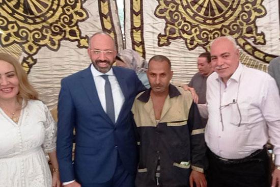 حسام المندوه يزور مستشفى روزاليوسف بكفر طهرمس بحضور وفد برلماني (4)