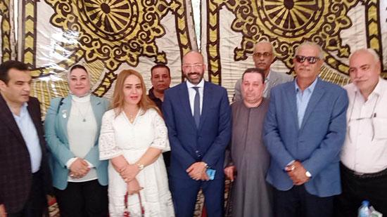 حسام المندوه يزور مستشفى روزاليوسف بكفر طهرمس بحضور وفد برلماني (3)