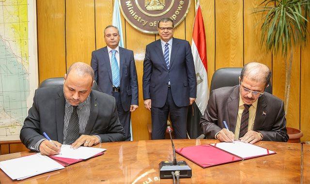 تعاون مشترك بين وزارة القوى العاملة وهيئة البريد لصرف مستحقات العمالة غير المنتظمة