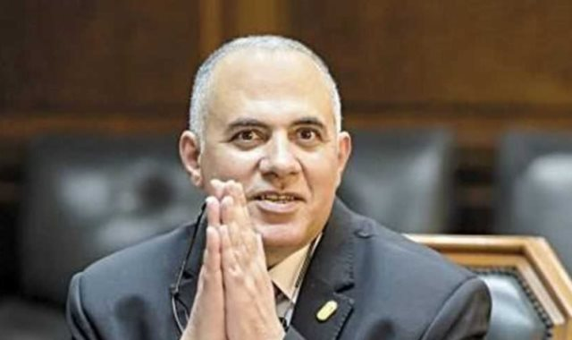 الدكتور محمد عبد العاطي، وزير الموارد المائية والرى