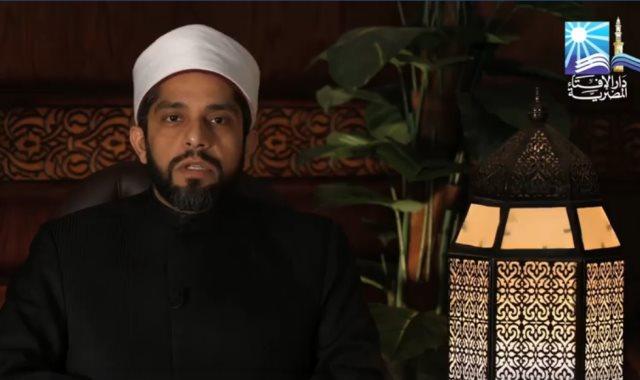 الدكتور أحمد وسام أمين الفتوى بدار الافتاء